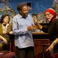 Rotterdamse Migrantenverhalen. 'Heimwee' is het nieuwe stuk van het Ro Theater. Migranten spelen de hoofdrollen . Ze komen uit Suriname, de Molukken, Indië, Armenië, Bretagne,...