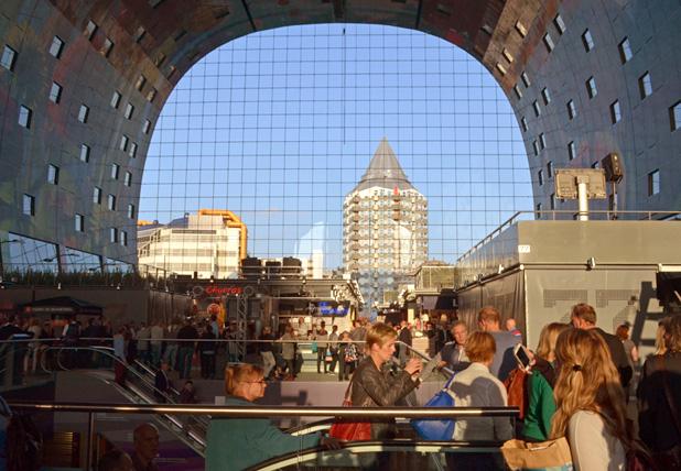 De Markthal - Alleen in Rotterdam